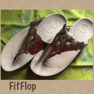 2 for $20 FitFlop Leather Toe Thong Floral 11 (43)